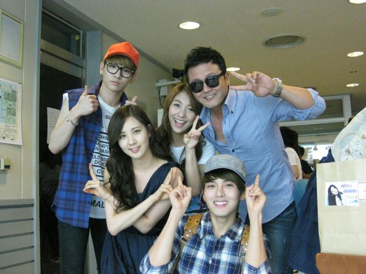 {120629} Seohyun @ SBS Radio Pictures 480409_407397655976997_1451798916_n