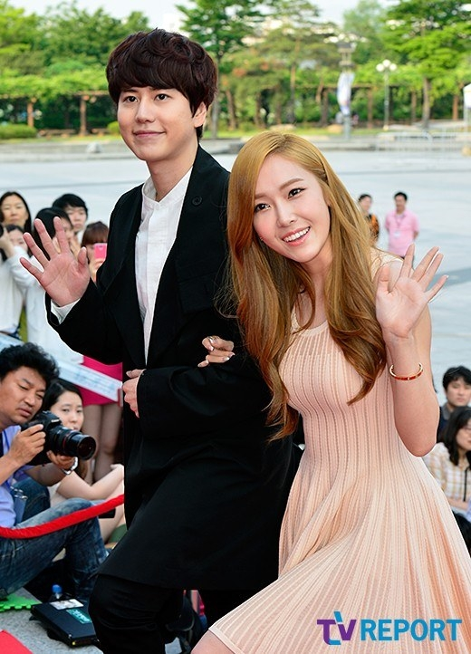 Girls-Generation-Jessica-Super-Junior-Kyuhyun_1370273761_af_org