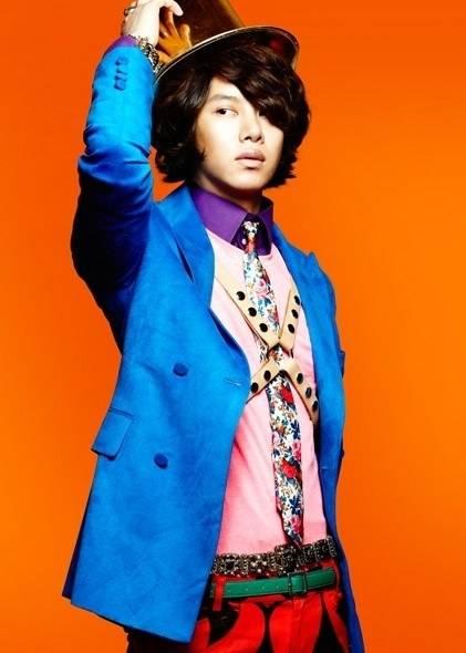Super-Junior-Heechul_1381281080_af_org
